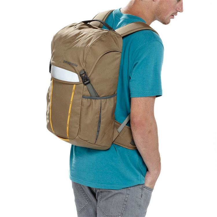 wearing patagonia critical mass bag