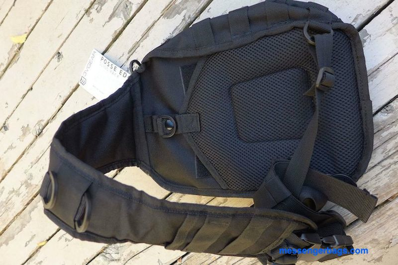 The shoulder strap and back are nicely padded.