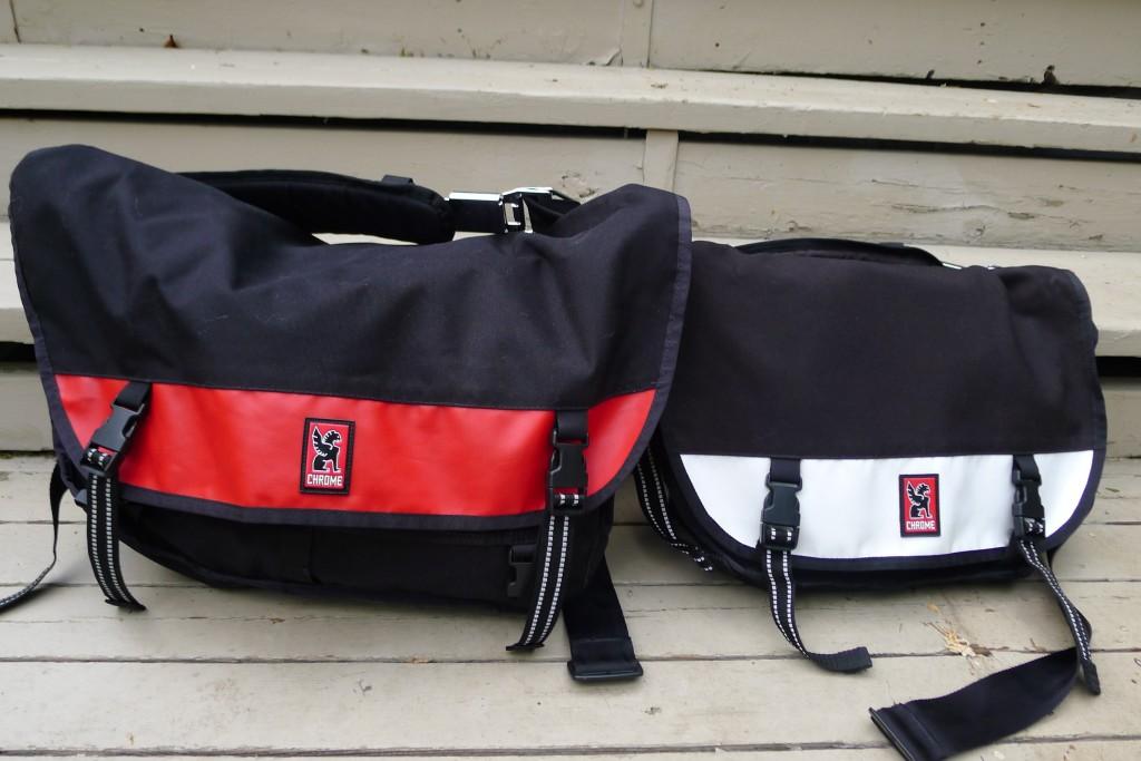 Comparison of medium (citizen) and large (metropolis) chrome bag sizes