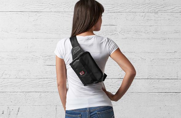 Chrome Niko sling messenger bag